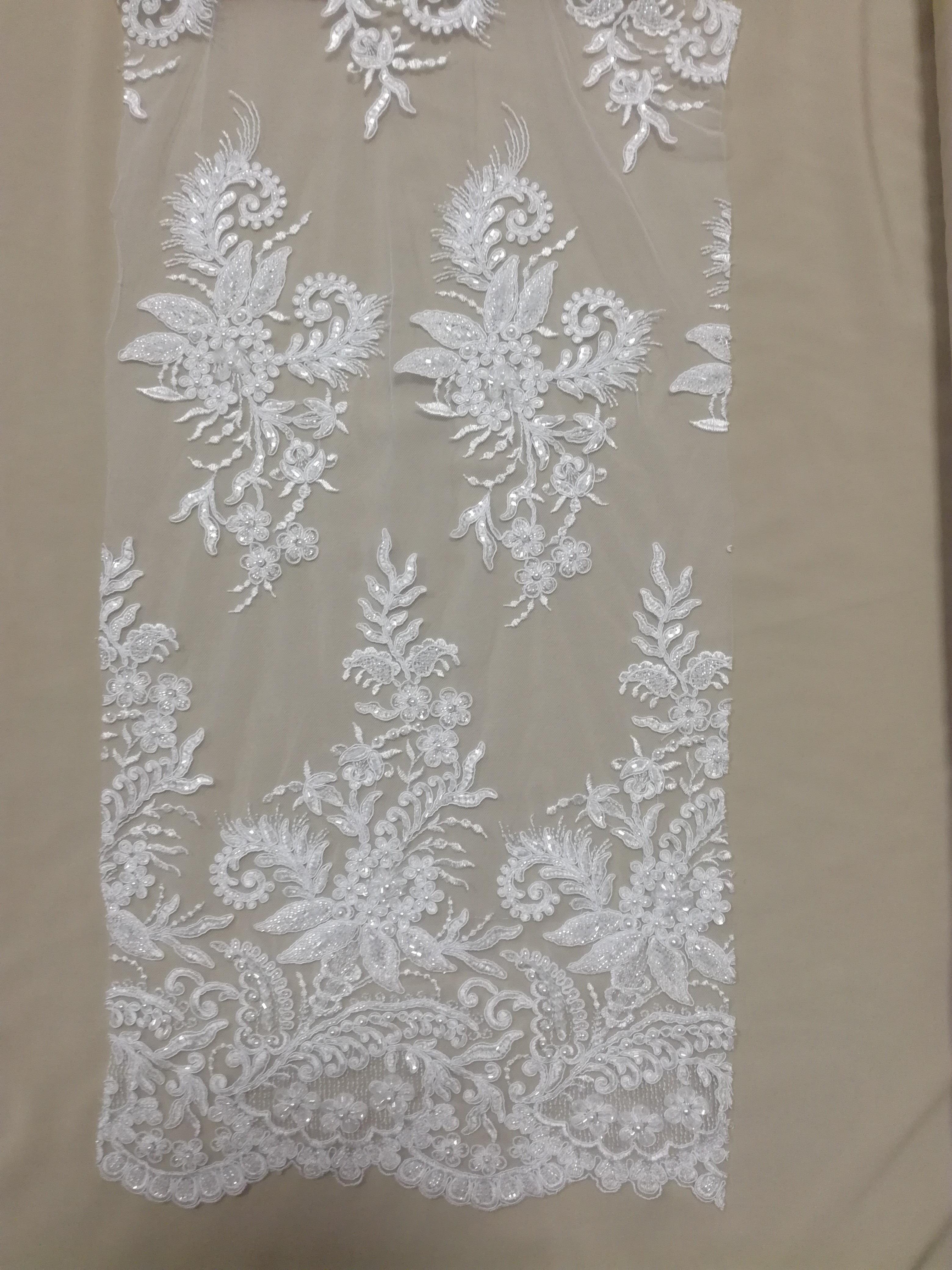 61a76efce7 Esküvői csipke gyöngyökkel (fehér és ekrü)